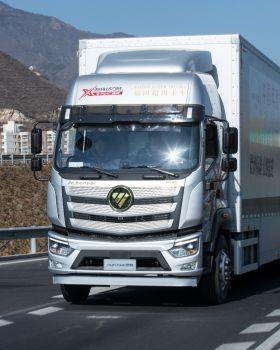 2021中国年度卡车揭晓!欧航R系列超级中卡摘得桂冠